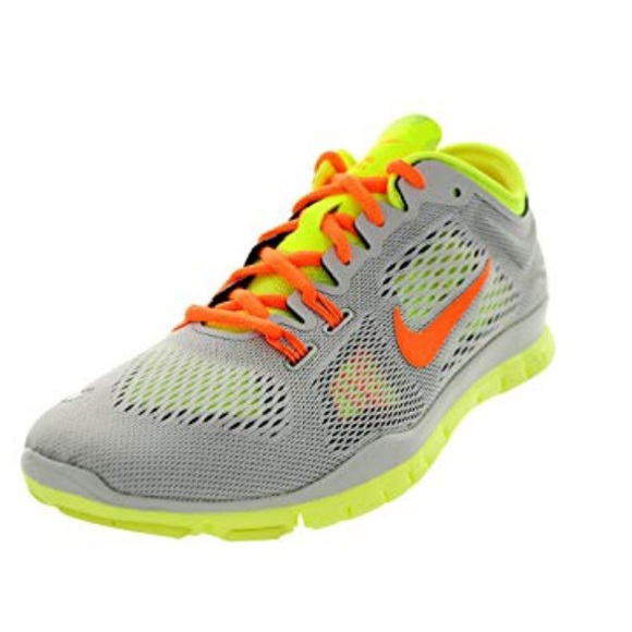 Nike Free 5.0 TR Fit 4 Low Top Sneakers